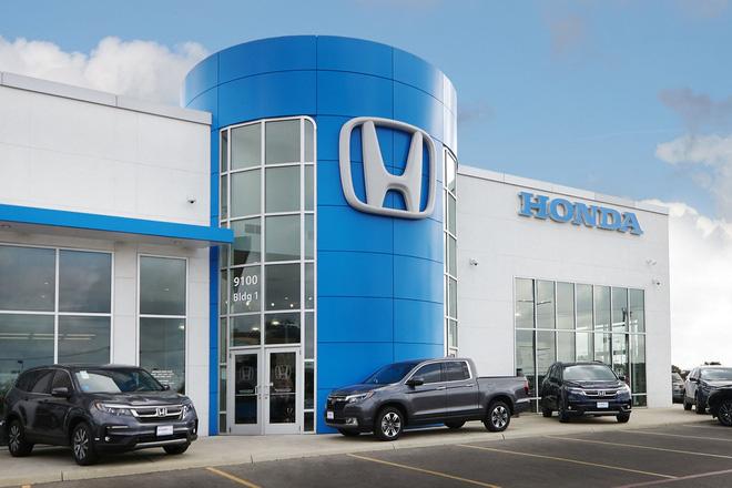 Tin xe (27/8): Nhân viên Honda tại Mỹ mánh khoé thay đồ còn chửi khách - Ảnh 1.