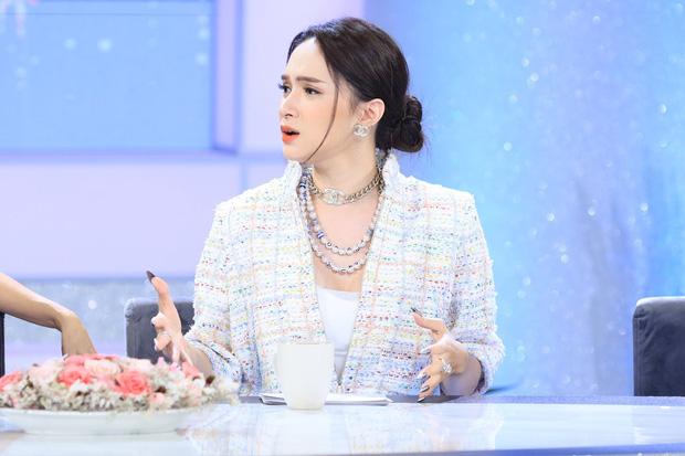 """Bạn thân Kỳ Duyên vướng nghi vấn """"đá xoáy"""" Hương Giang sau quá khứ đăng đàn hủy kết bạn - Ảnh 1."""