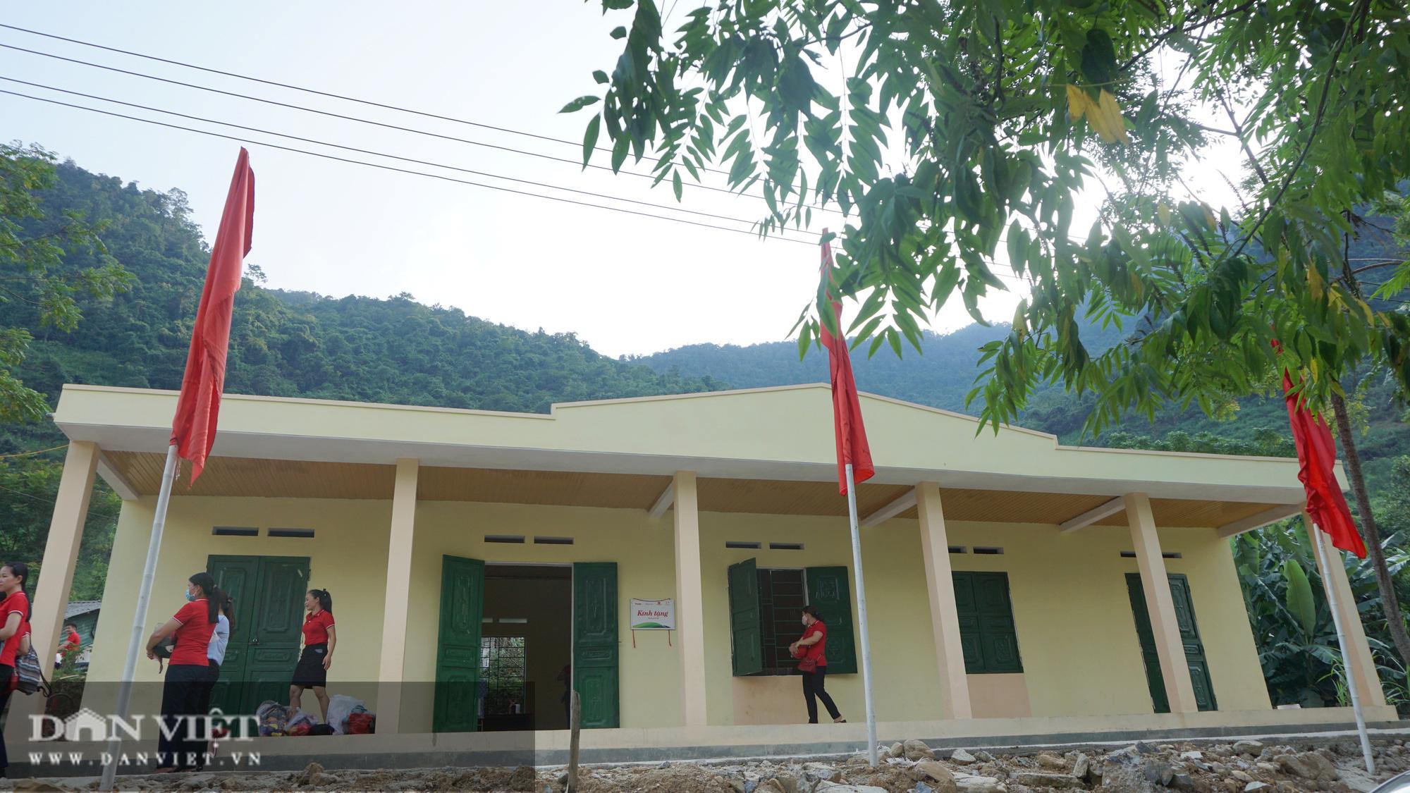 """Báo NTNN/Dân Việt - Quỹ Thiện Tâm: Khánh thành """"điểm trường mơ ước"""" đầu tiên tại Hà Giang - Ảnh 2."""