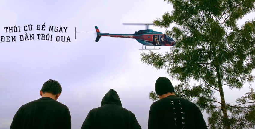 """Đen Vâu bất ngờ trở thành Cameo trong MV """"Một ngày bình thường"""" của TTeam - Ảnh 1."""