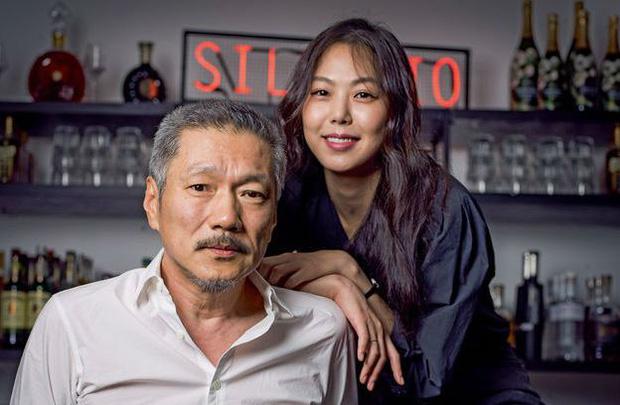 """Bê bối ngoại tình của """"Nàng thơ phim đồng tính 18+"""" và đạo diễn hơn 22 tuổi từng gây chấn động dư luận Hàn Quốc - Ảnh 1."""