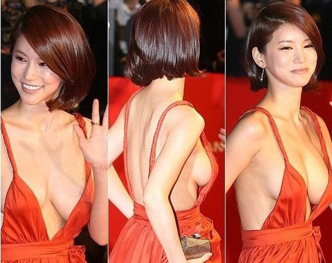 """Mỹ nhân Hàn bị gắn mác """"mỹ nhân lộ liễu"""" suốt nhiều năm vì bộ váy táo bạo gây choáng là ai? - Ảnh 1."""