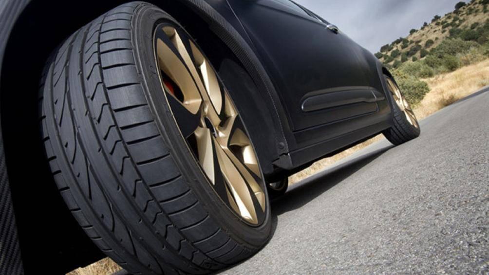 Lốp xe ô tô nhanh bị mòn: Những thói quen xấu cần loại bỏ - Ảnh 1.
