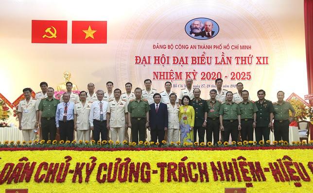 Đại tá Lê Hồng Nam, Giám đốc Công an TPHCM giữ chức Bí Thư Đảng ủy Công an TP nhiệm kỳ 2020 – 2025 - Ảnh 8.