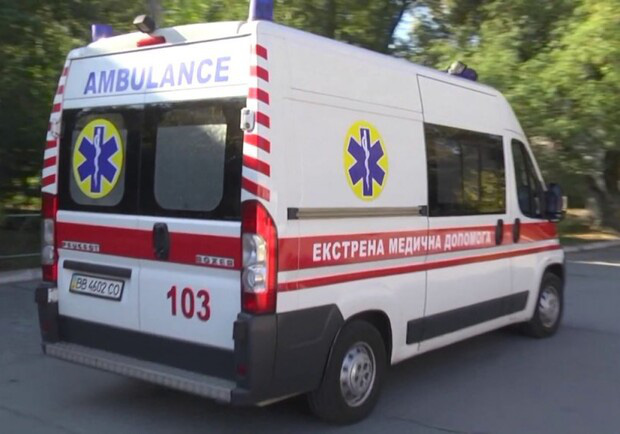 Ukraina đồng loạt trang bị máy thở của Vingroup cho các bệnh viện và xe cứu thương - Ảnh 2.