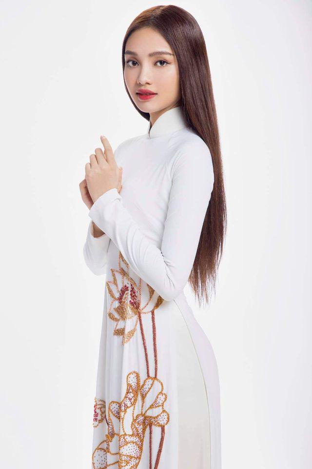 """10X xinh đẹp tựa nữ thần hé lộ bị ép lấy chồng năm 17 tuổi, gây """"sốt"""" mạng thi Hoa hậu Việt Nam - Ảnh 4."""