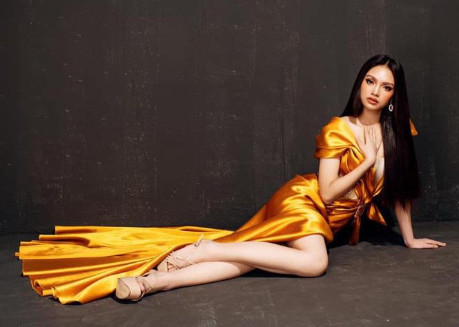 """10X xinh đẹp tựa nữ thần hé lộ bị ép lấy chồng năm 17 tuổi, gây """"sốt"""" mạng thi Hoa hậu Việt Nam - Ảnh 9."""