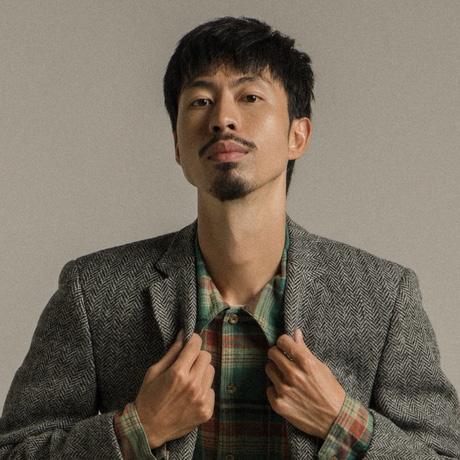 """Nam rapper được Trấn Thành rủ đi diễn hài nói gì trước ý kiến Đen Vâu không phù hợp ngồi """"ghế nóng"""" Rap Việt? - Ảnh 4."""