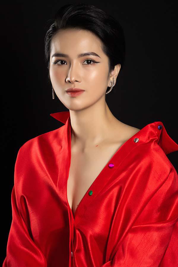 Hoa hậu được yêu thích - Cao Thuỳ Dương chi hàng tỷ đồng cho một lần mua sắm  - Ảnh 1.
