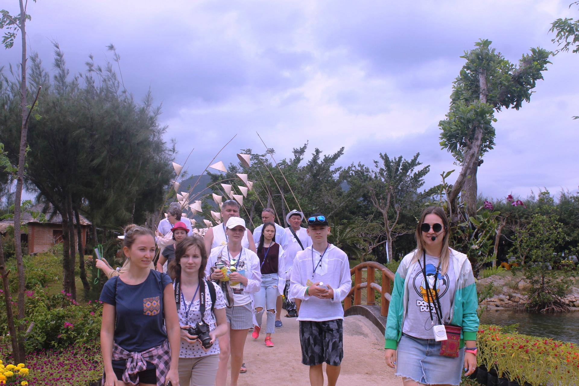 Các khu du lịch Nha Trang sẽ đón khách trở lại vào dịp lễ - Ảnh 2.