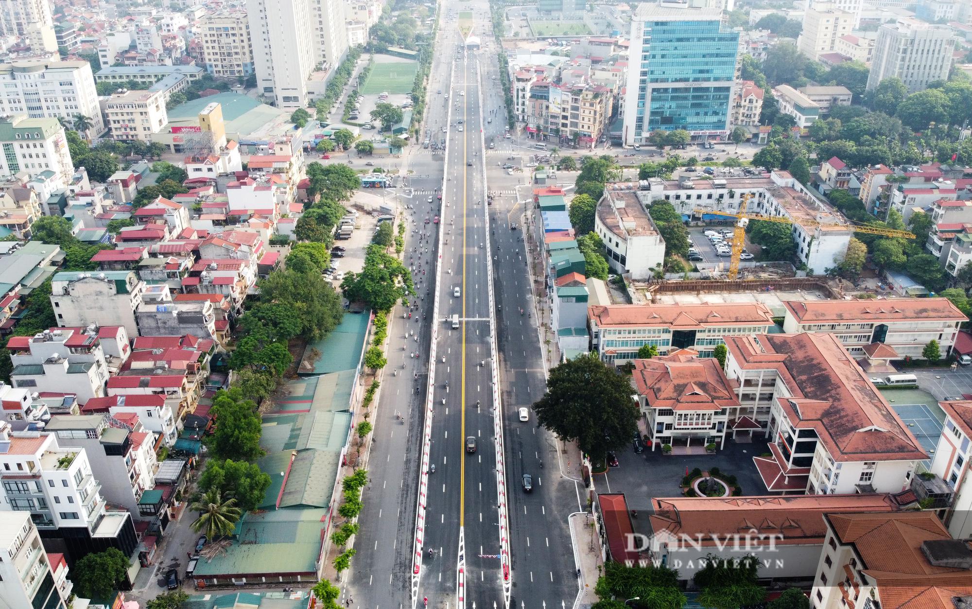 Bí thư Hà Nội dự lễ thông xe cầu vượt Nguyễn Văn Huyên - Hoàng Quốc Việt - Ảnh 10.