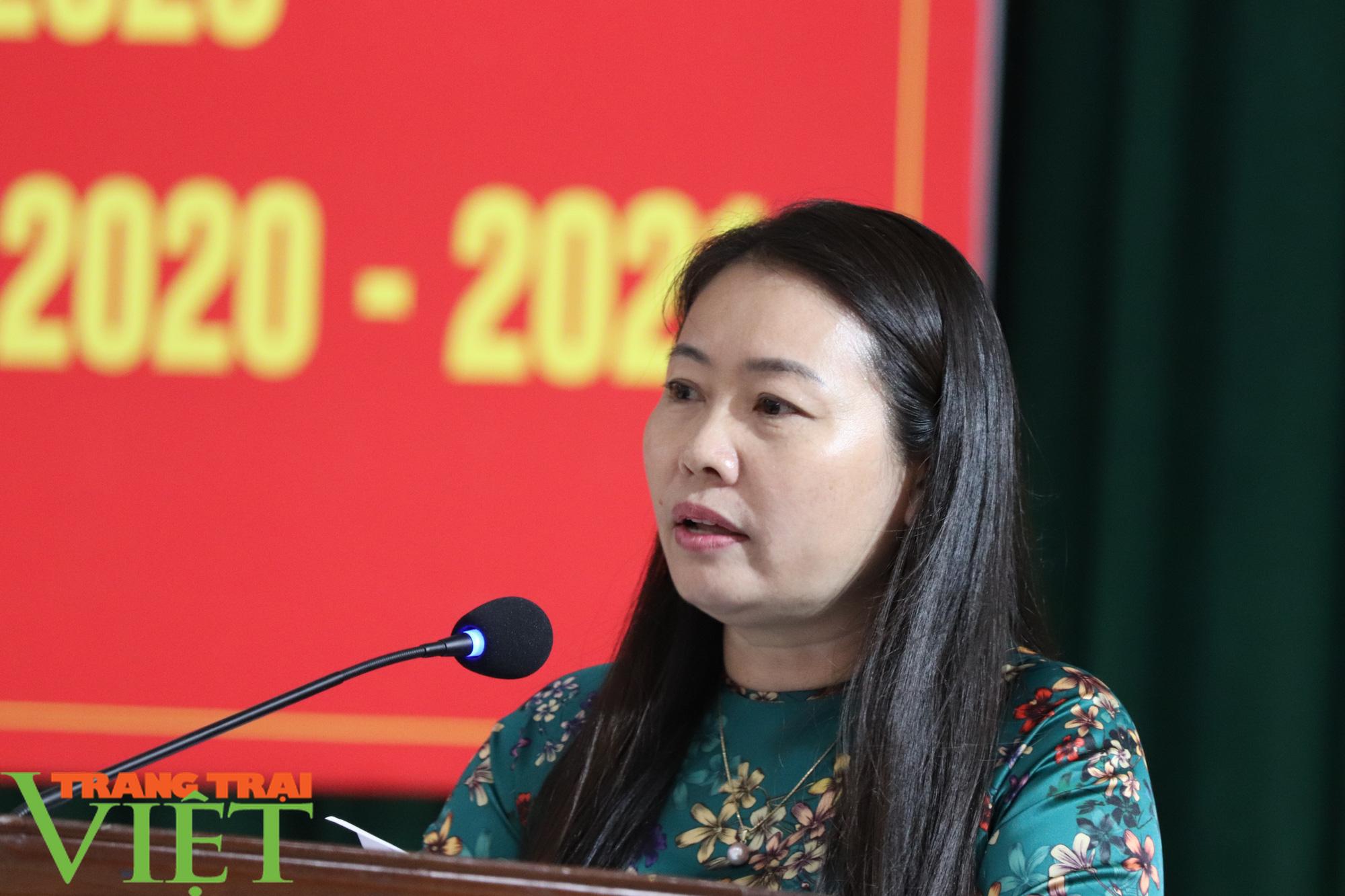 UBND huyện Phù Yên tổ chức Hội nghị tổng kết năm học 2019 – 2020 - Ảnh 3.