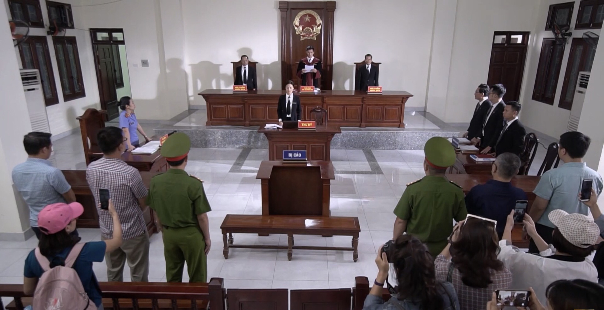 Lựa chọn số phận tập 51: Đức làm thẳng thắng phá đám đêm lãng mạng của Trang và Tấn - Ảnh 1.