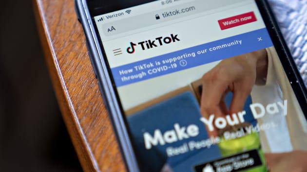 Walmart xác nhận liên minh với Microsoft để mua lại TikTok Mỹ - Ảnh 1.