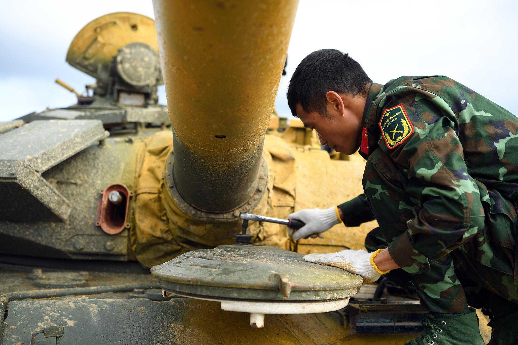 Hình ảnh xe tăng Việt Nam hùng dũng thi đấu ở trận 2 Tank Biathlon - Army Games 2020 - Ảnh 10.