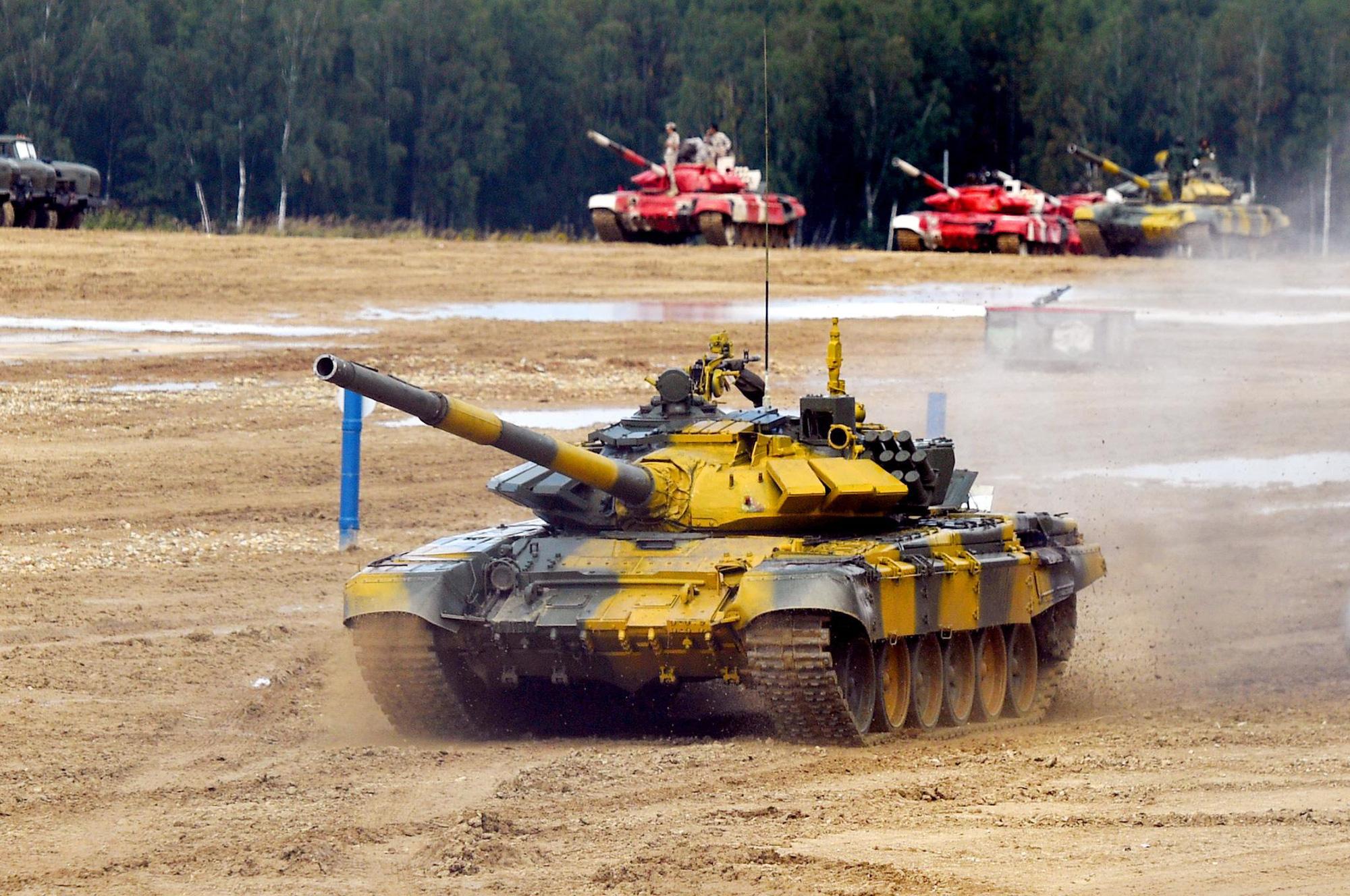 Hình ảnh xe tăng Việt Nam hùng dũng thi đấu ở trận 2 Tank Biathlon - Army Games 2020 - Ảnh 3.