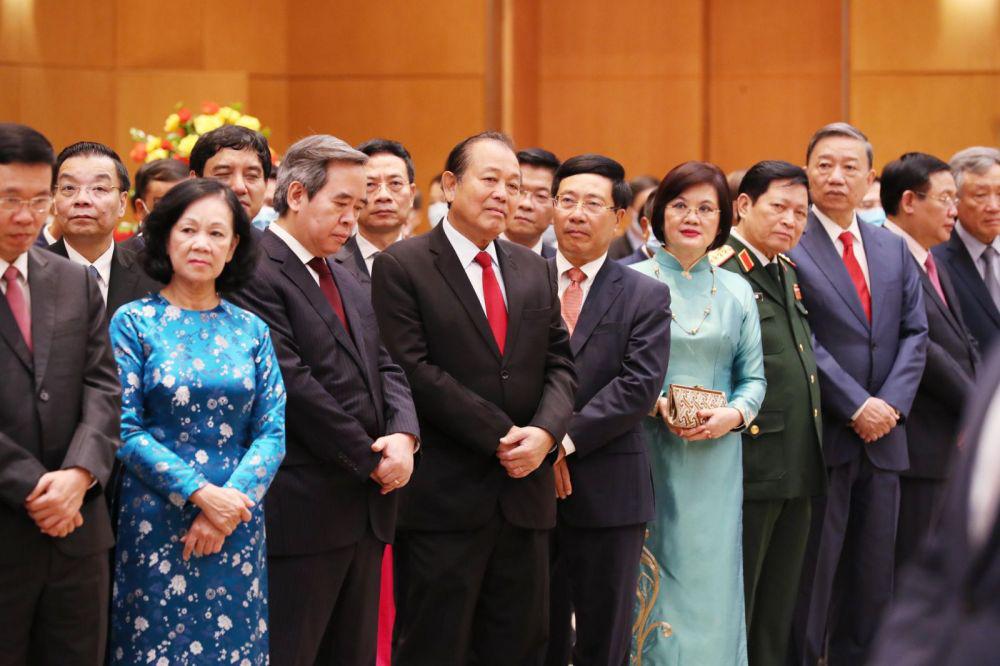 Thủ tướng Nguyễn Xuân Phúc chủ trì lễ kỷ niệm 75 năm Quốc khánh - Ảnh 4.