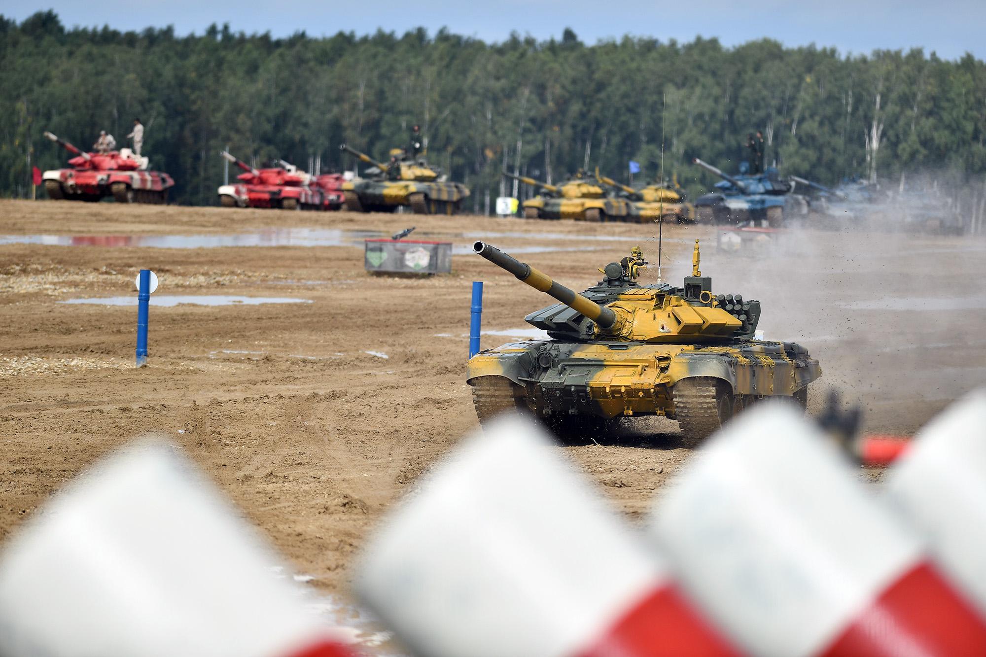 Hình ảnh xe tăng Việt Nam hùng dũng thi đấu ở trận 2 Tank Biathlon - Army Games 2020 - Ảnh 5.