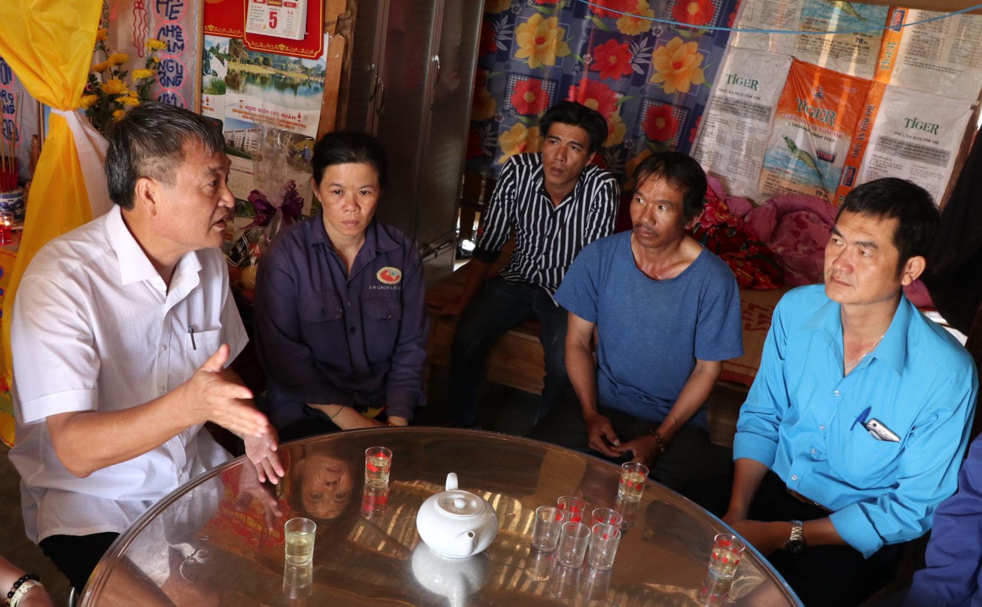 ABIC Đắk Lắk phối hợp với Agribank Lâm Đồng tạm ứng bồi thường 100 triệu đồng trong vụ ô tô ủi bay 30m hàng rào - Ảnh 5.
