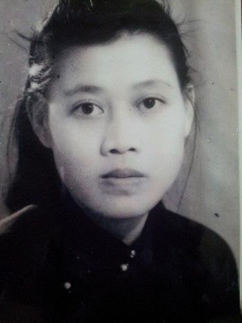 Chuyện về giáo sư Lê Thi - người phụ nữ kéo cờ trong ngày Quốc khánh 2/91945 vừa qua đời ở tuổi 95 - Ảnh 1.