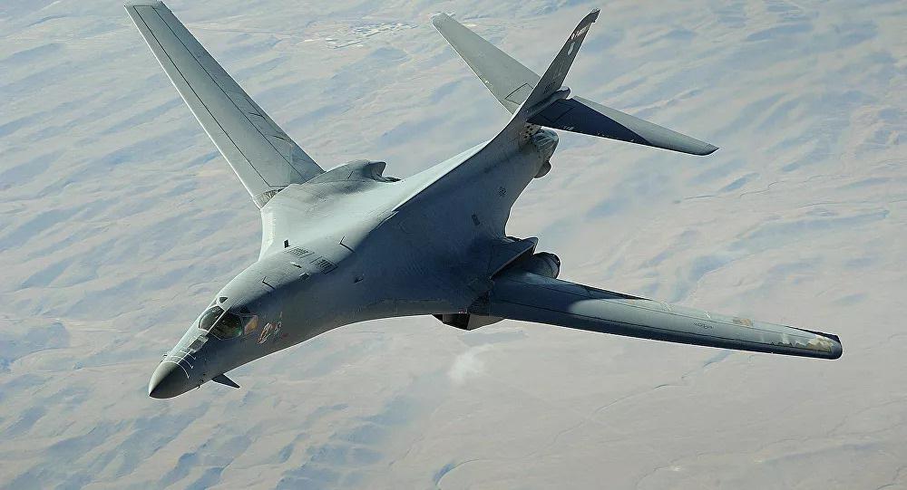 Lukashenko: 18 máy bay Mỹ có thể mang theo vũ khí hạt nhân đang bố trí cách Belarus 20 phút - Ảnh 1.