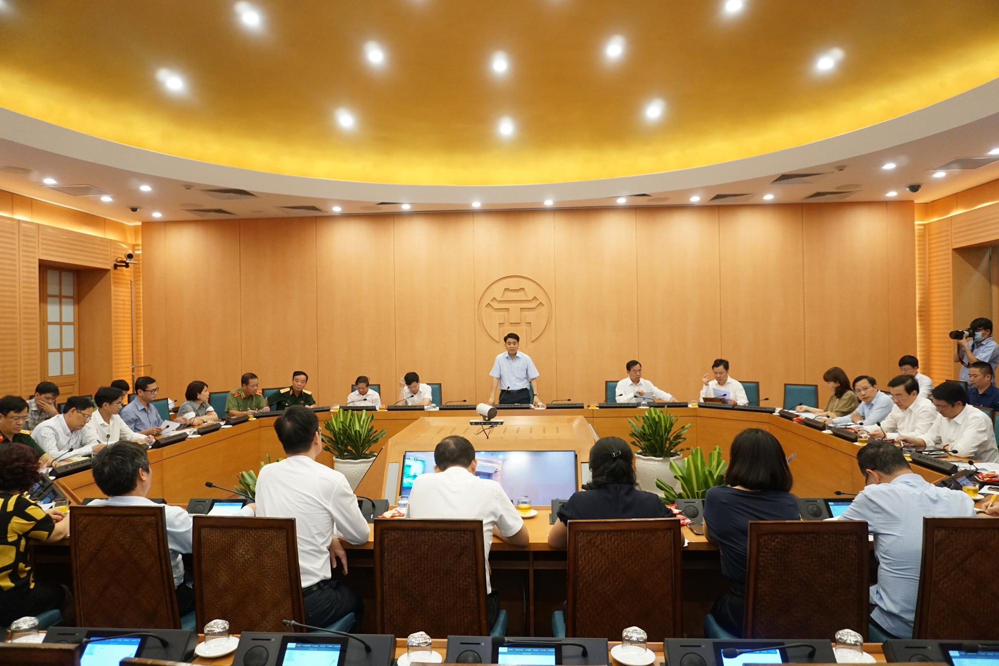 Chủ tịch Hà Nội: Thành phố đang vào giai đoạn cao điểm, đến ngày 13/8 mới yên tâm - Ảnh 2.