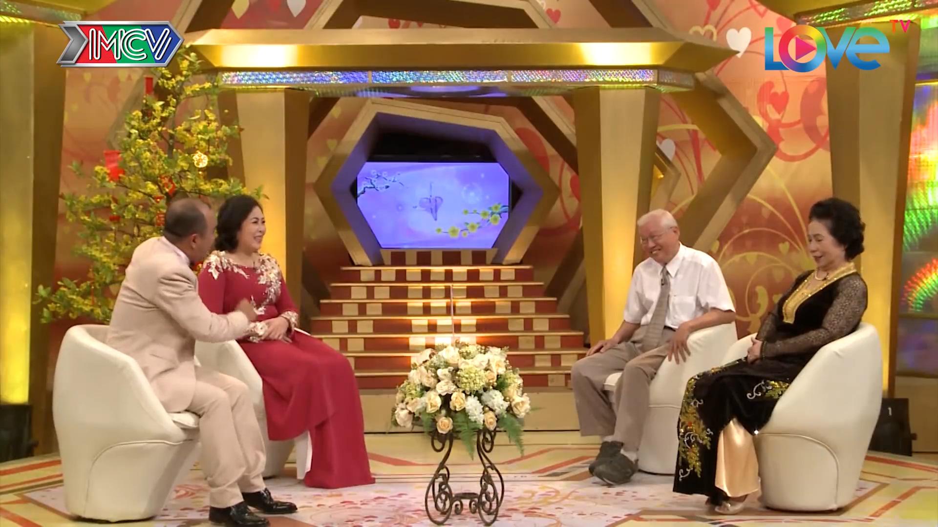Quyền Linh, Ngọc Lan xúc động khi dẫn chương trình chuyện tình của các cụ ông, cụ bà - Ảnh 3.