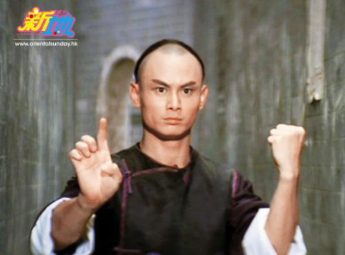 """""""Ngưu ma vương"""" Lưu Gia Huy: Bệnh tật, ngồi xe lăn, bị vợ con phản bội - Ảnh 1."""