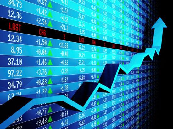 Thị trường chứng khoán 31/8: Hướng tới đỉnh tháng 6 - Ảnh 1.