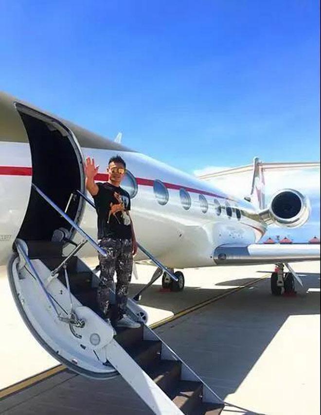 Võ sĩ Trung Quốc sở hữu 1 tỷ USD như Floyd Mayweather là ai? - Ảnh 4.