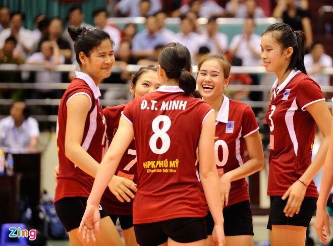 Chuyện lạ về Trần Thị Thanh Thúy 1m93 - nữ VĐV bóng chuyền cao nhất Việt Nam - Ảnh 3.