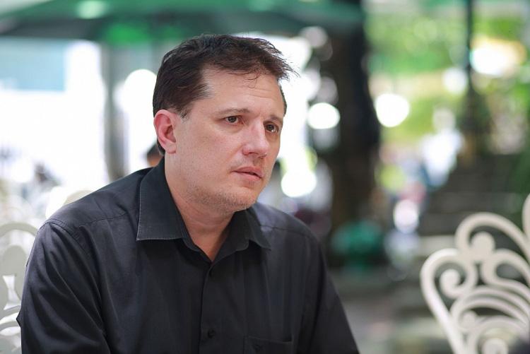 Ba người Mỹ làm phim kinh dị Việt Nam liên quan đến trầm cảm ở người trẻ  - Ảnh 3.