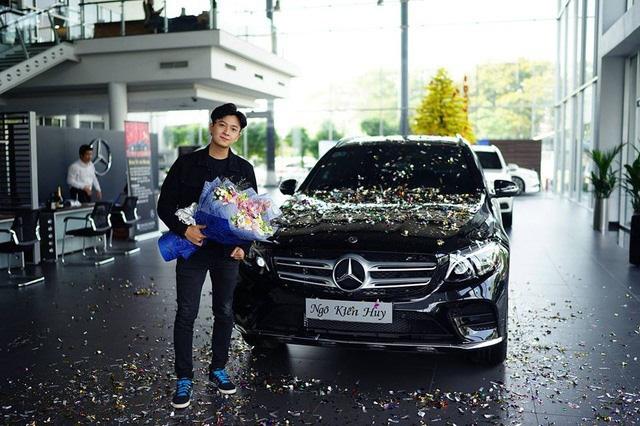 Ngô Kiến Huy, Gil Lê, Quang Hà mua cùng 1 kiểu xe nhưng khác nhau ra sao? - Ảnh 2.