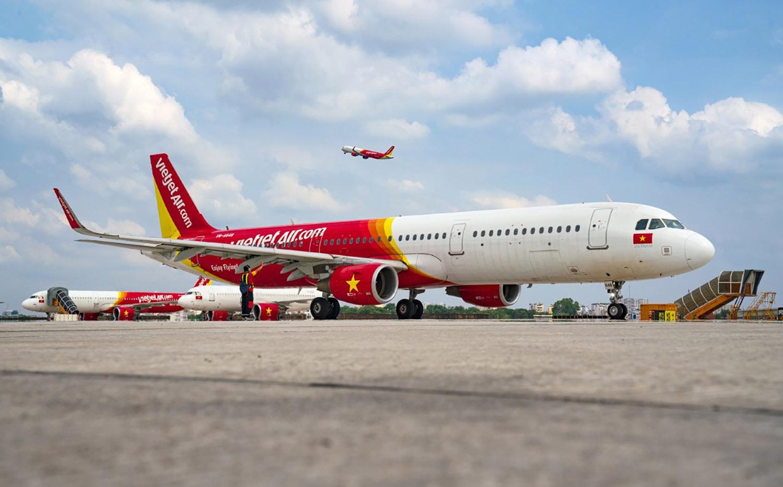 Tập trung nguồn vốn cho hoạt động vận chuyển hàng không, sáu tháng Vietjet đạt kết quả tài chính tích cực - Ảnh 1.
