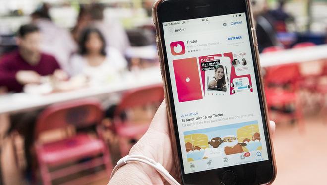 Dùng iPhone dễ được hẹn hò hơn điện thoại Android - Ảnh 1.