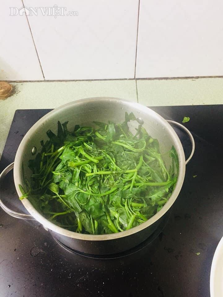 Chỉ cần làm điều này, đảm bảo món rau muống xào luôn giòn ngọt, xanh tươi - Ảnh 3.