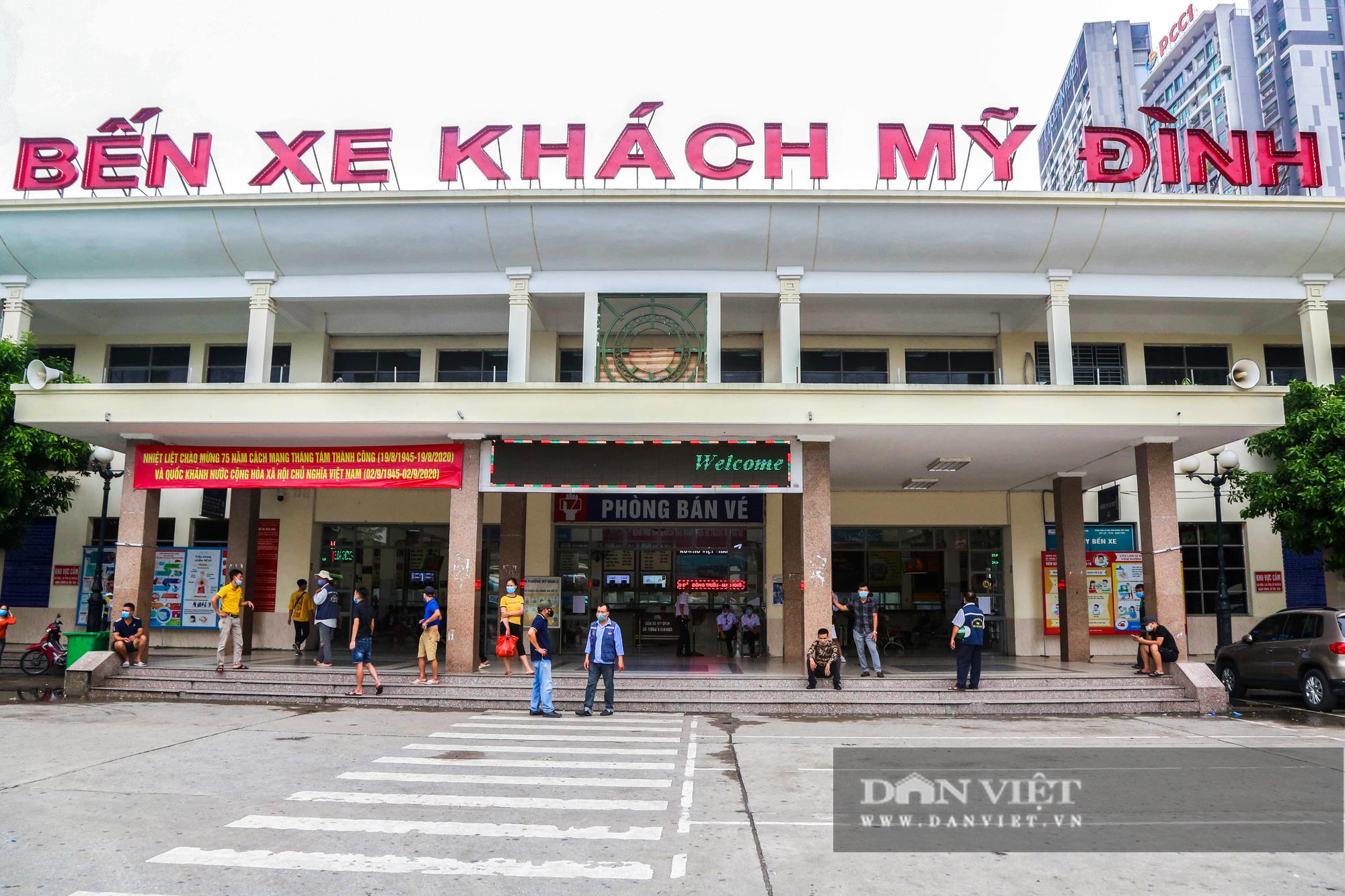 Các bến xe tại Hà Nội dùng biện pháp gì để phòng chống dịch Covid-19   - Ảnh 2.