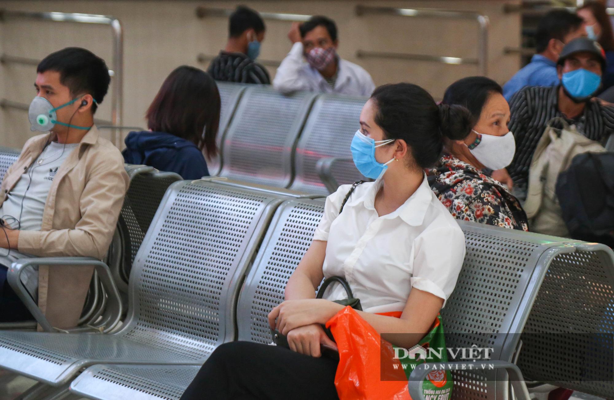 Các bến xe tại Hà Nội dùng biện pháp gì để phòng chống dịch Covid-19   - Ảnh 7.