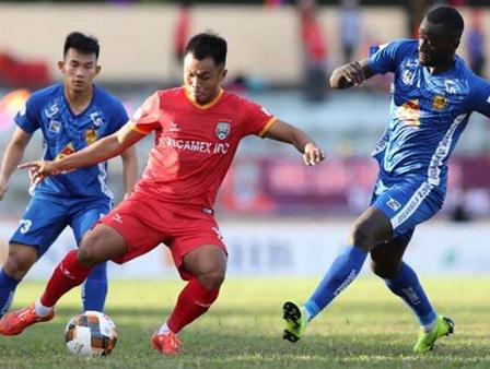 Vì đâu Quảng Nam được đầu tư 120 tỷ đồng vẫn đội sổ V.League? - Ảnh 6.