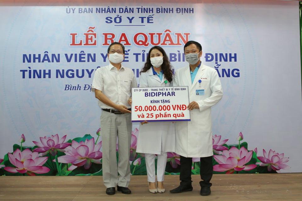 """25 y bác sĩ Bình Định sẽ """"kề vai sát cánh"""", cùng người Đà Nẵng chiến thắng dịch Covid-19 - Ảnh 7."""