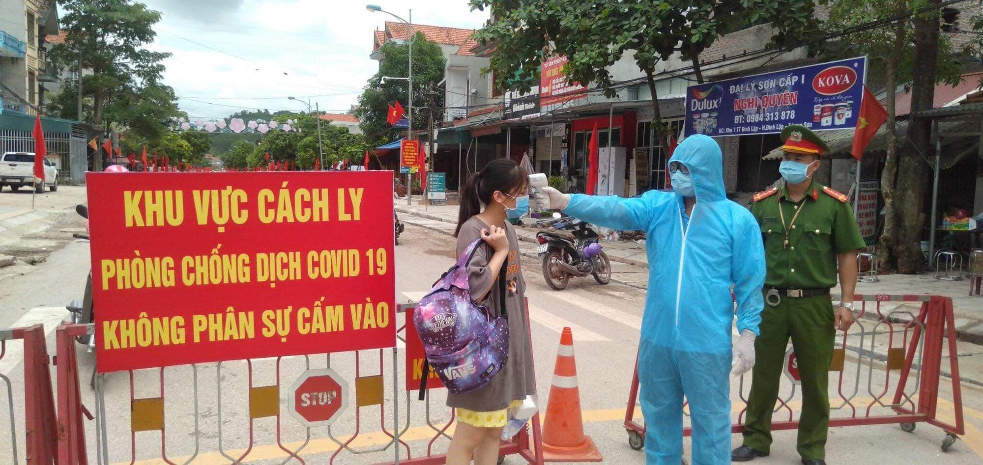 Lạng Sơn: Gia đình 4 người dương tính với Covid- 19 sau chuyến du lịch Đà Nẵng  - Ảnh 2.