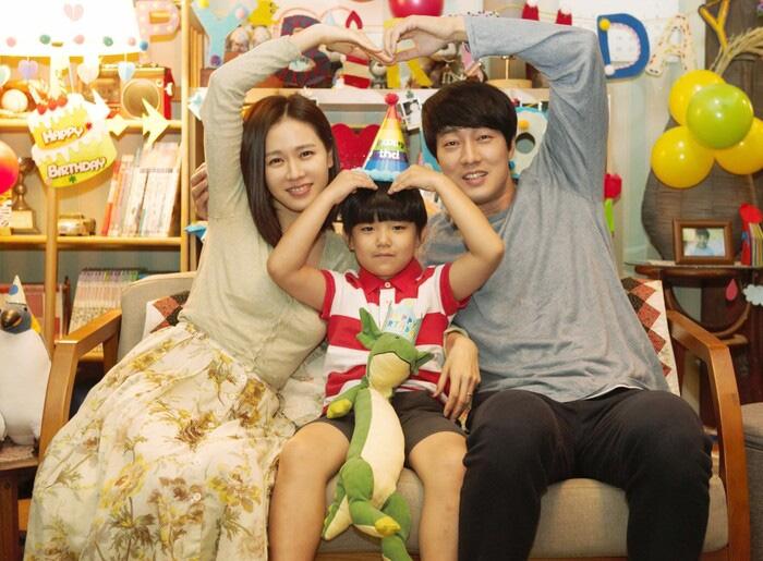 Top phim Hàn xem ở nhà tránh Covid đảm bảo không muốn đi đâu - Ảnh 2.