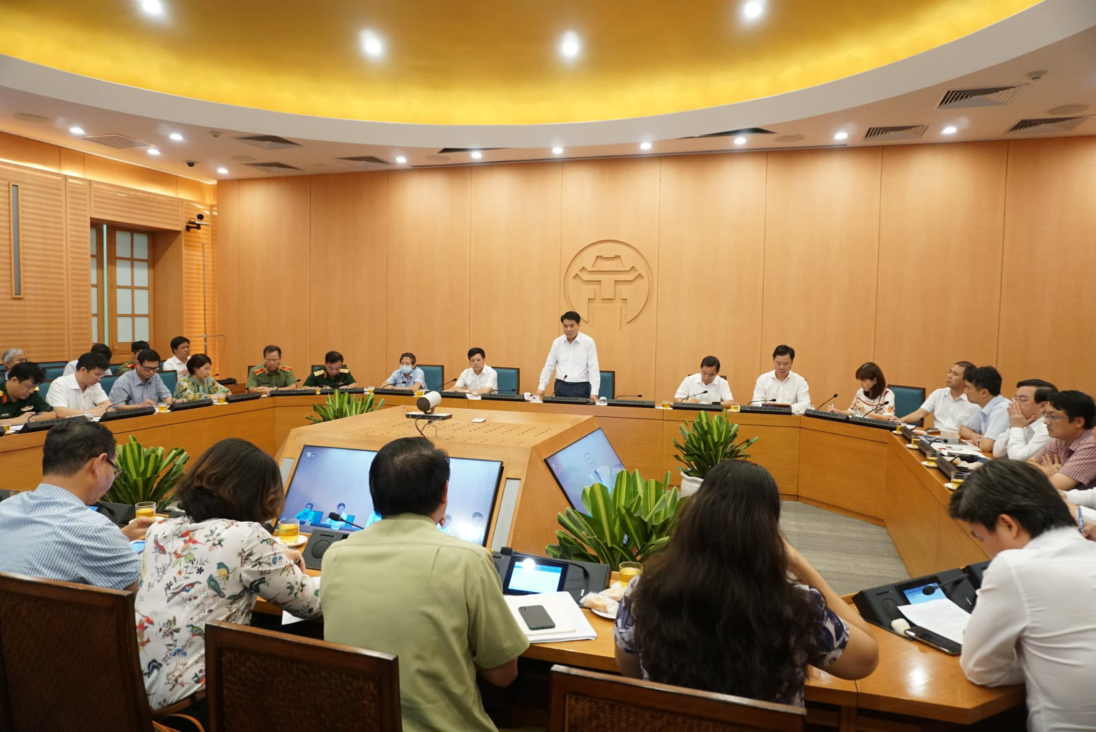 Lịch trình chi tiết của nam nhân viên xe bus ở Hà Nội mắc Covid-19: Đi hát karaoke, về Thái Bình, Nam Định - Ảnh 3.
