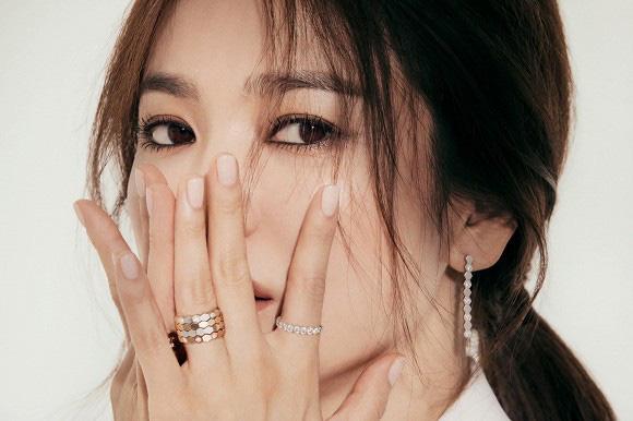 """Song Hye Kyo quyến rũ """"gây mê"""" trong bộ ảnh mới chuẩn đẳng cấp """"đại mỹ nhân"""" không thuộc về ai - Ảnh 5."""