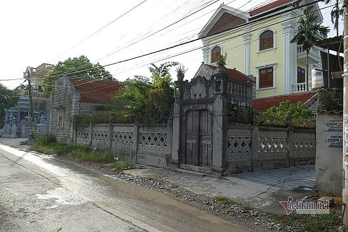 """Ngôi nhà đá 86 tuổi được trả giá chục tỷ đồng mà chủ vẫn """"lắc"""" ở Ninh Bình - Ảnh 2."""
