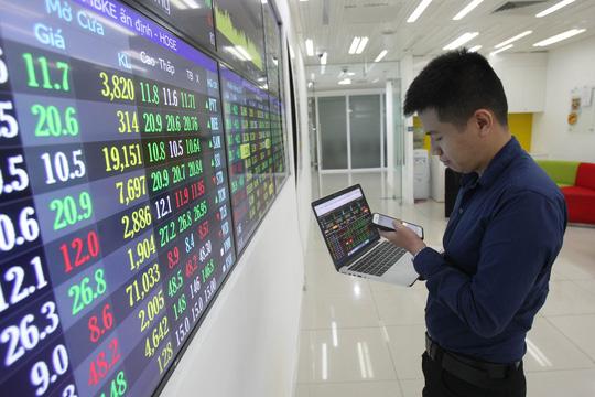 Thị trường chứng khoán 6/8: Đã thoát khỏi vùng tiêu cực - Ảnh 1.