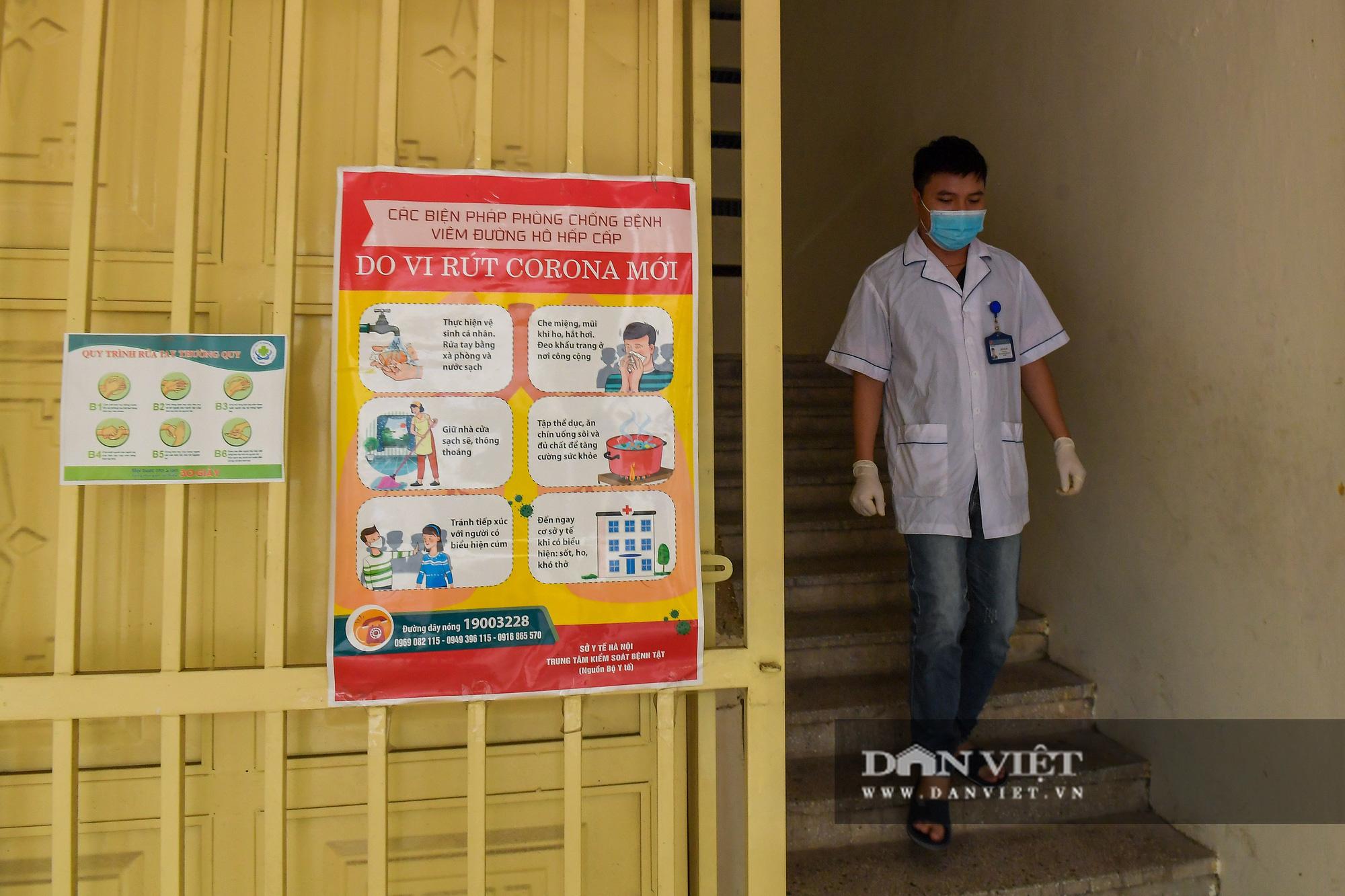Hà Nội: Các trường được chọn làm điểm thi THPT đồng loạt phun khử trùng - Ảnh 4.