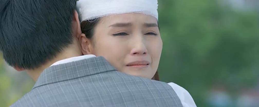 """""""Tình yêu và tham vọng"""" tập 42: Tuệ Linh định nhảy lầu tự tử, Minh liền nói điều này  - Ảnh 3."""