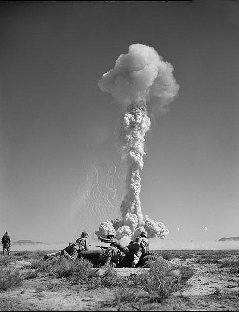 """Phát hãi người xưa """"cuồng"""" xem thử hạt nhân mà không biết hậu quả - Ảnh 6."""