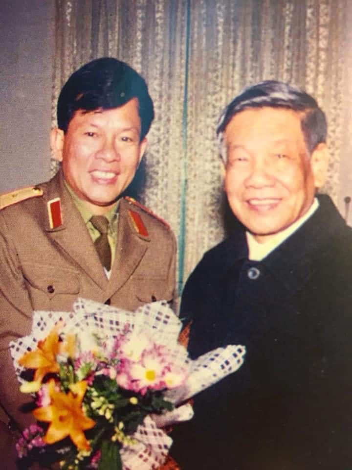 Ấn tượng đặc biệt trong chuyến thăm Trường Sa với Tướng Lê Khả Phiêu - Ảnh 2.